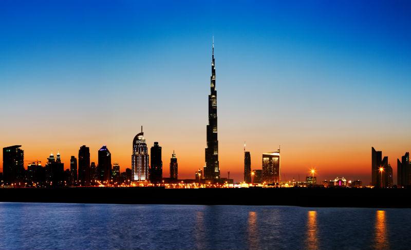 UAE-Dubai-Skyline-Sunset-800x487