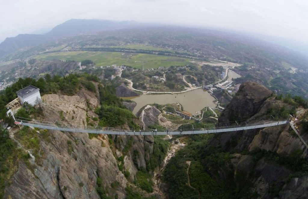 puente cristal china