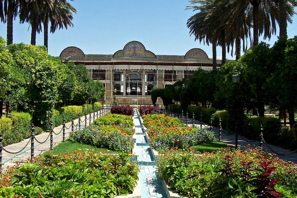 jardines naranjestan shiraz nubia tours