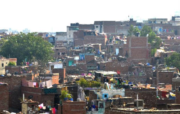 turismo solidario los slum de la india nubia tours