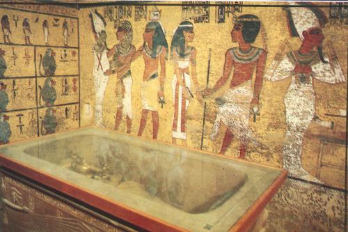 Visita tumba Tutakhamon